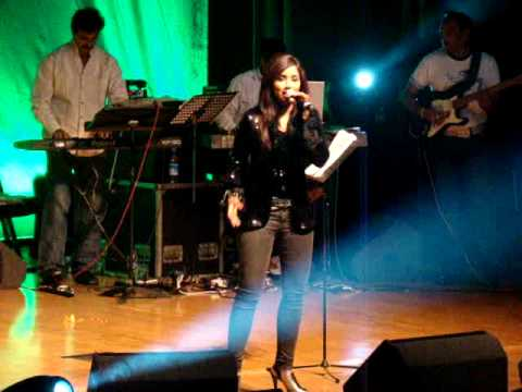 Sherya Ghosal LIVE in London--Pagla Hawa