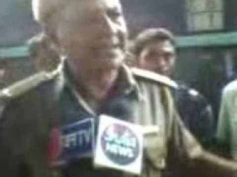 Police Ne Chor Ko Bagaya In Ajmer Railway Stn.... video