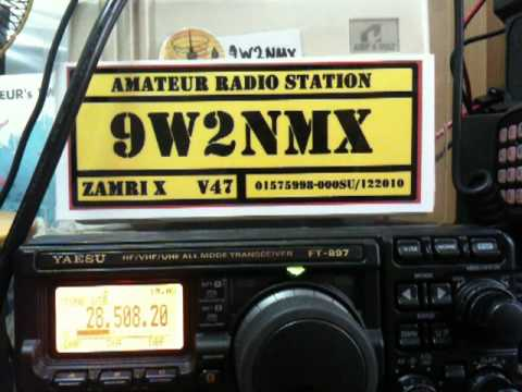 9W2NMX WKD with VK9CX on 28508.20KHz   261011   002