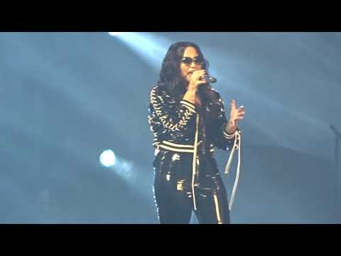 Demi Lovato-Fall In Line@Tell Me You Love Me Tour Antwerpen