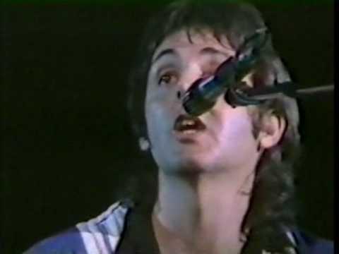 Paul McCartney  Blackbird  Version fom 70s