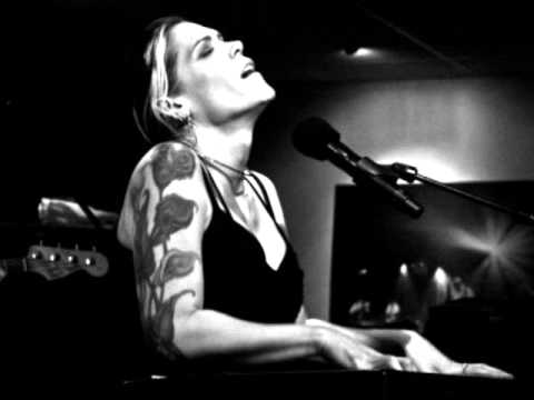 Beth Hart - Am I The One