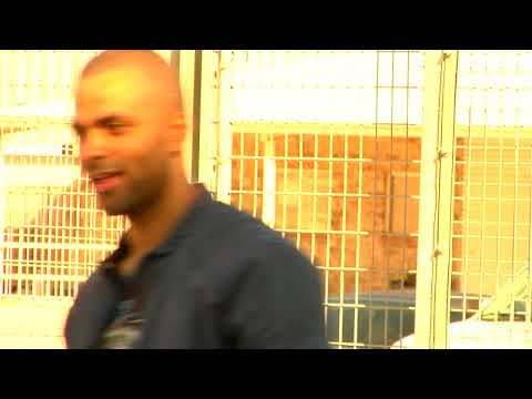 Tony Parker, George Hill and DeJuan Blair Street Hockey Video