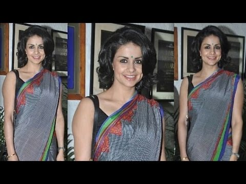 Gul Panag's Cleavage In Saree At An Event video