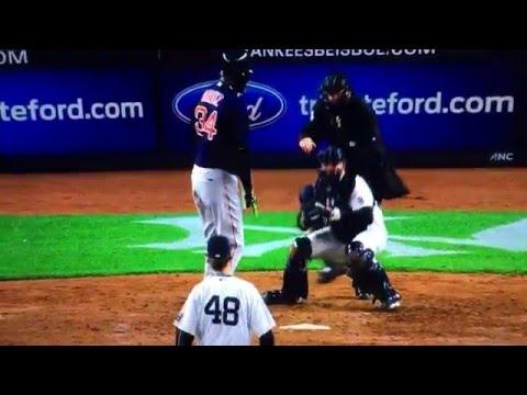 David Ortiz Charges Umpire Yankees Red Sox