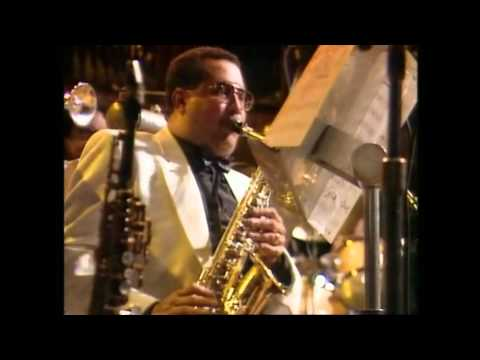 Dizzy Gillespie And The United Nations Orchestra - Tin Tin Deo