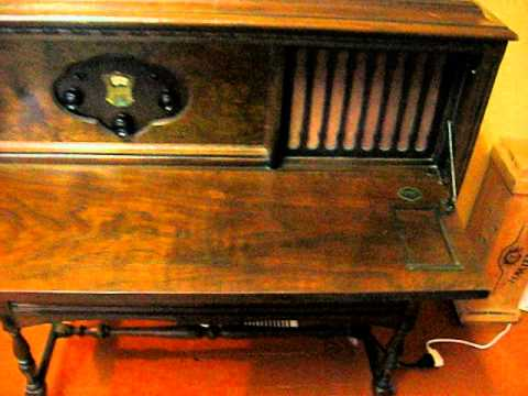 ATWATER-KENT 55-C POOLEY CABINET.avi