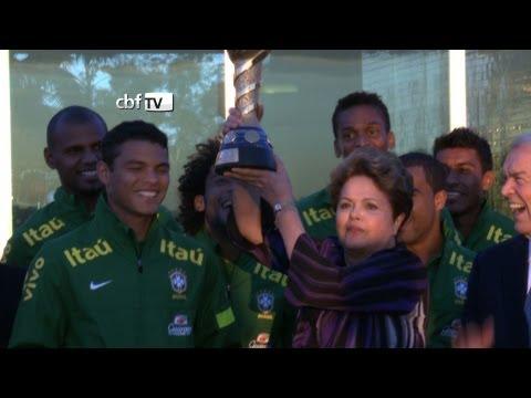 Dilma Rousseff recebe a Seleção em Brasília