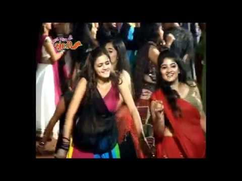 Tara Nam Ni Chundadi-Ramjanyu. United Way of Baroda Garba Mahotshav...