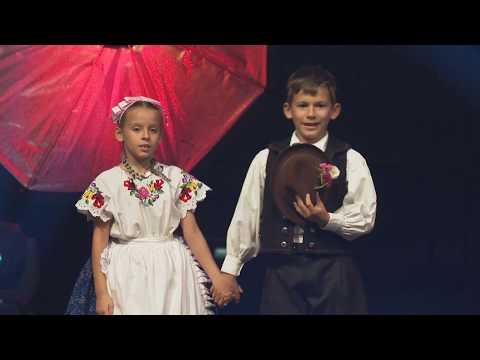 Varga Flóra Panna és Horváth Borsa Buda - Kalocsai Mars, Lassú És Friss