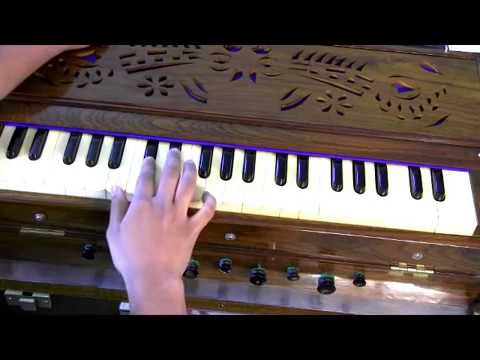 How to play - Aarti - Om Jai Jagdish Hare on Harmonium - Part...