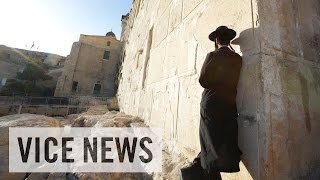 Jewish Settlers in the Hamas Stronghold of Hebron: Rockets and Revenge (Dispatch 6)