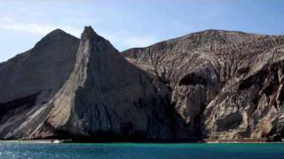 Diving with Mantas at Isla San Benedicto- Sailing SV Delos Ep. 4