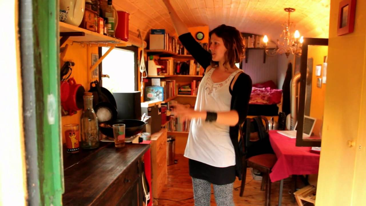 gypsy wagon tiny house tour in germany recycled dumpster. Black Bedroom Furniture Sets. Home Design Ideas