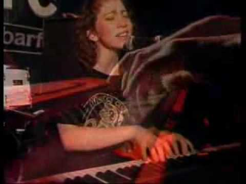 Regina Spektor - Summer In The City (live)