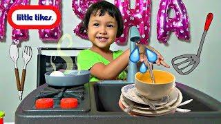 Misha Pretend Play w/ New Kitchen Toy Set  Washing Dishes