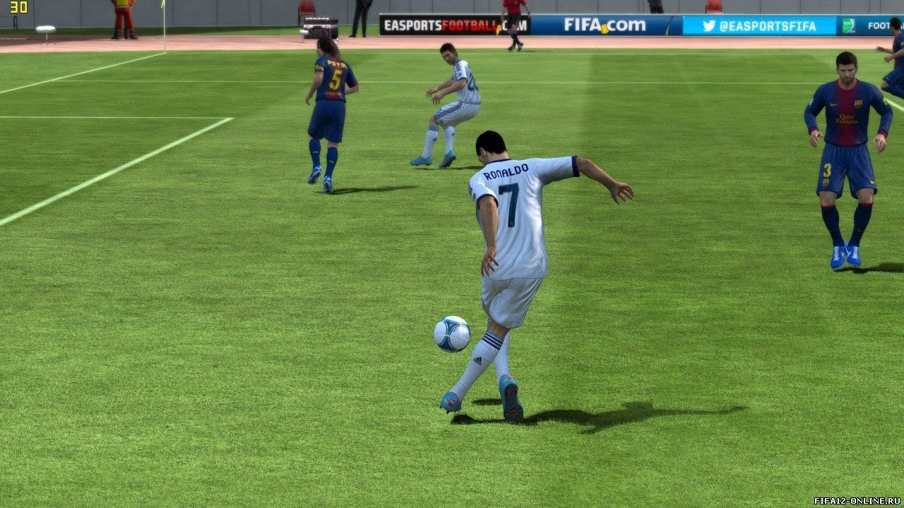 Как бить дальние удары в FIFA 14 - YouTube