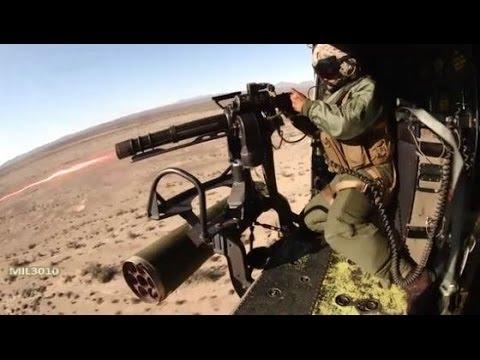 Миниган и крупнокалиберный пулемет на вертолете UH-1Y Venom / Боевые стрельбы