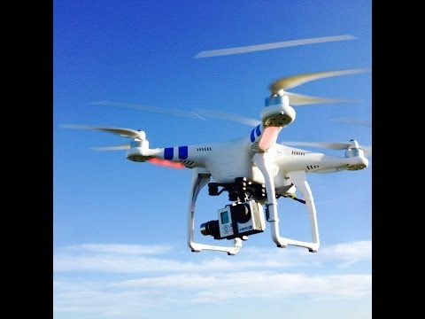 DJI Phantom 2 Quadcopter - Maiden flight with Zenmuse Gimbal