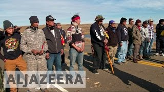 North Dakota pipeline: Protesters clash with police