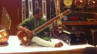 Sitar player in Agra