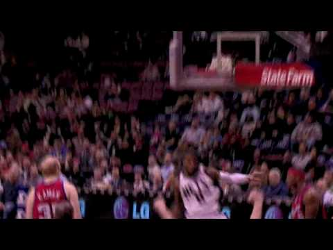 Terrence Williams with 2 dunks againts the Clippers Video