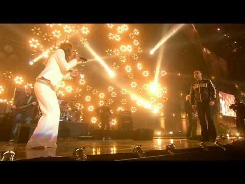Robbie Williams & Joss Stone - Angels (Live @ Brit Awards 2005) (High Definition)