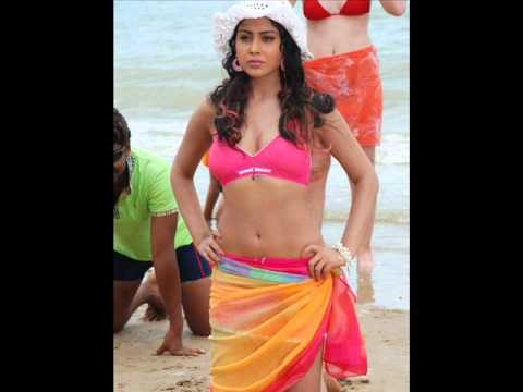 Sexy Actress Shreya Boobs Exposed video