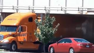 Extreme Truck Fails, Truck Drivers Fail, Truck Crash, Epic Truck Fail Compilation