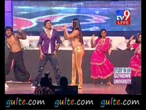 Gulte - Namitha Hot Performance At Santosham Awards video