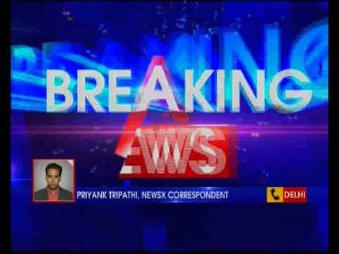 Female TV Journalist roughed up by two men in Mayur Vihar