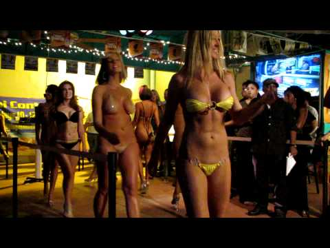 streetcar showoff bikini contest