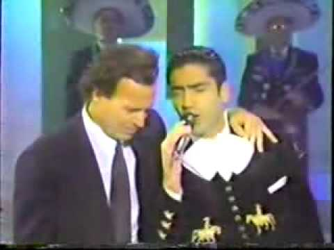 julio iglesias y alejandro fernandez la media vuelta.avi Music Videos