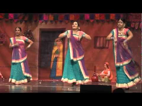 2009 12 Gujrati Samaj Talent Show Minal Piya Re performance