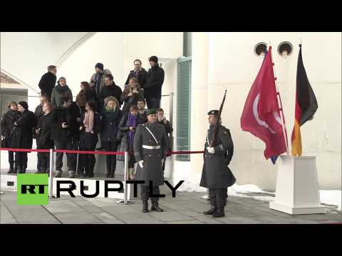Germany: Merkel and Tunisian president discuss the future of shaken Tunisia