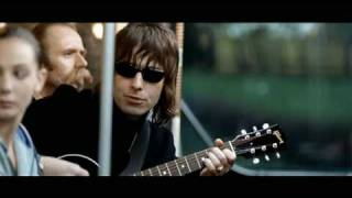 Watch Oasis Go Let It Out video