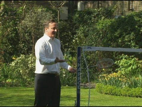 PM fail: David Cameron is NOT good at badminton