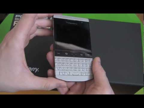 Porsche Design P 9981 BlackBerry Official Unboxing and Quick Review