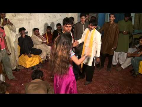 San  Abdulmajeed  Dnna   Shadi Mujra video