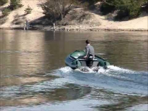 как завести лодочный мотор на берегу
