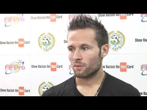 Yohan Cabaye interview (in French) for Show Racism The Red Card