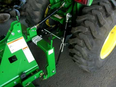 John Deere Quick Hitch Demonstration