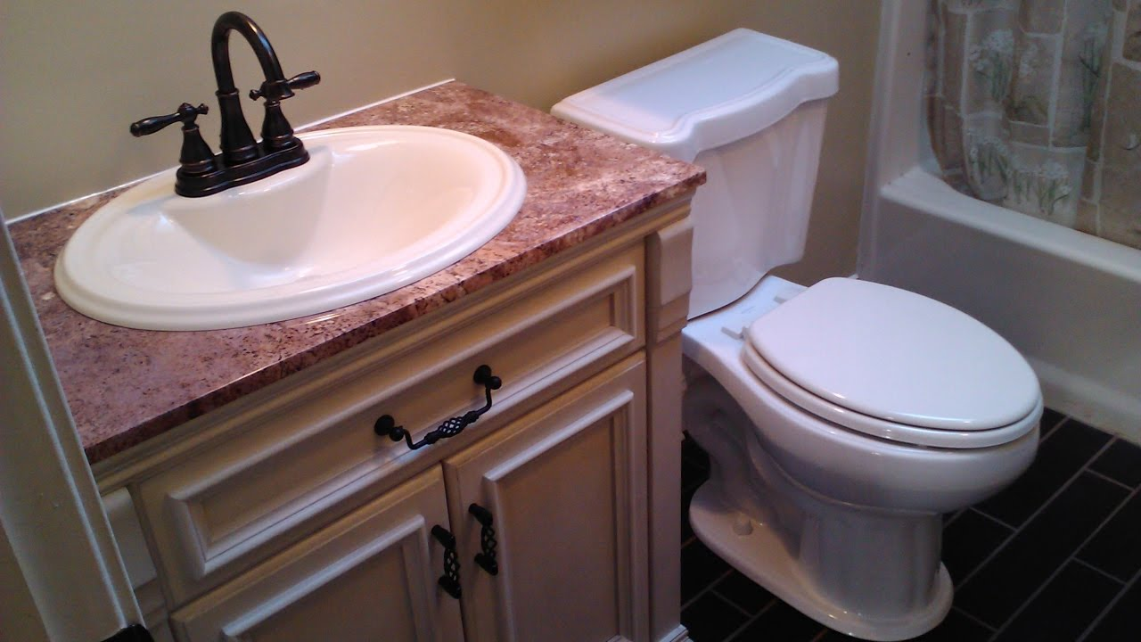 Undercounter bathroom sink