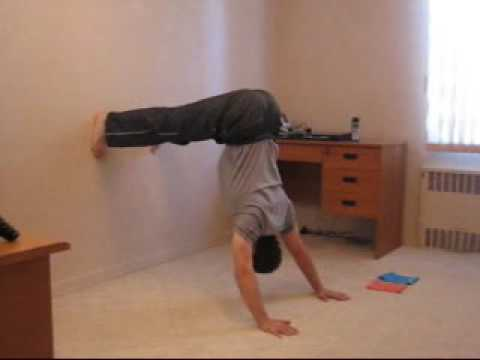 Push ups hindu vs divebomber push up pushup cool pushup - Dive bomber push up ...