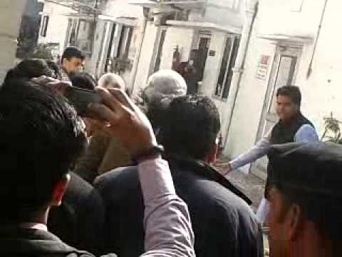 Bhajapa PM Candidate Narendra  Modi is Ultimate Entry video at BJP HQ