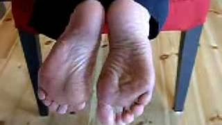 Horny Womans Shoe On Film! Bare Toe Closeup Toe Fetish Scene!