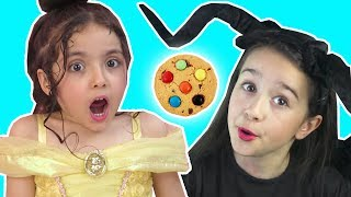 CHOCOLATE COOKIE PRANK | MALEFICENT VS BELLE | Magic Tricks | Princesses In Real Life | Kiddyzuzaa