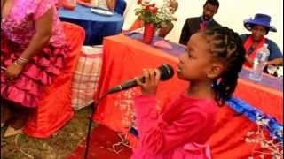 Phiwokuhle shandu singing lomhlengi ungubani.mov 06:44