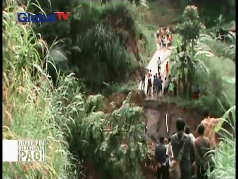 Sebuah jembatan di Karanganyar, Jawa Tengah, putus karena diterjang material longsoran - BIP 12/02