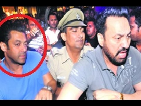 Kick - Salman Khan Slaps His Bodyguard